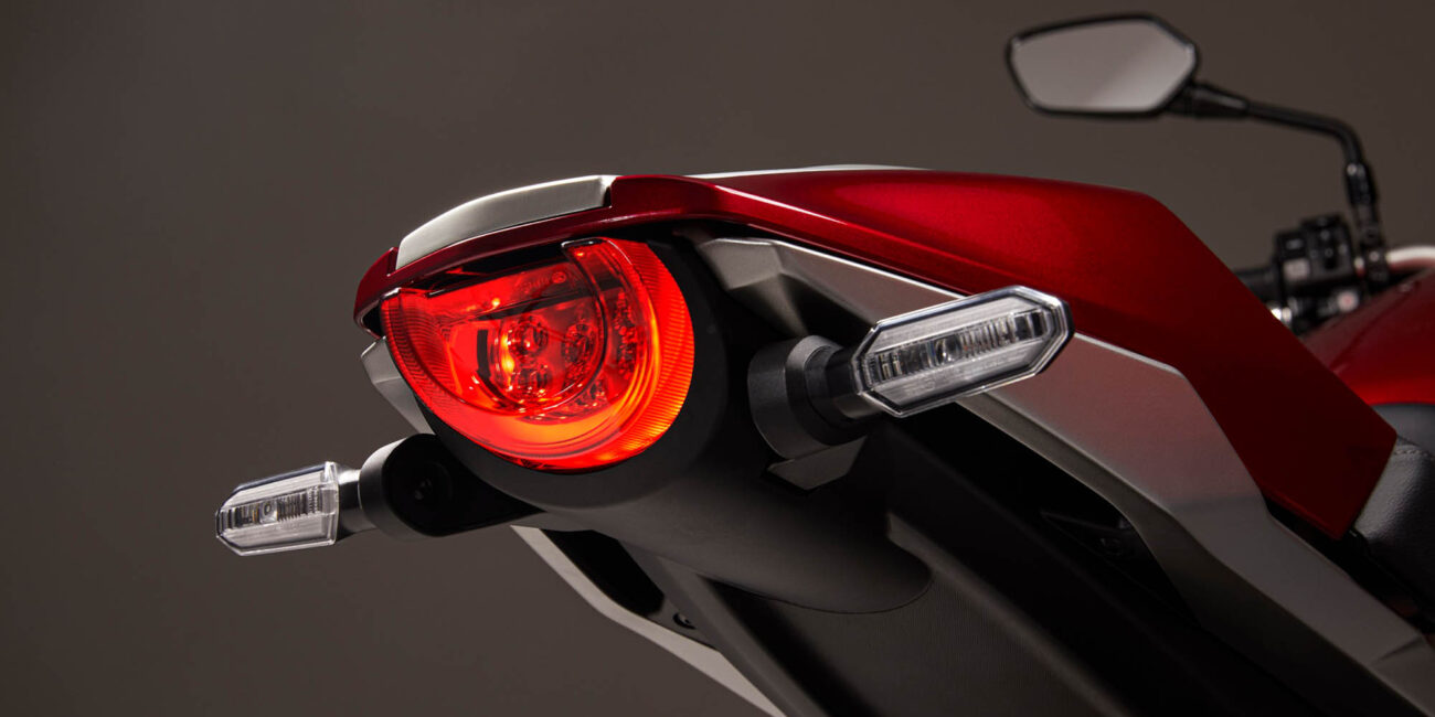 21YM_CB1000_CANDY_CHROMOSPHERE_RED_R-381C_TAIL_LIGHT_ON-2000x1333