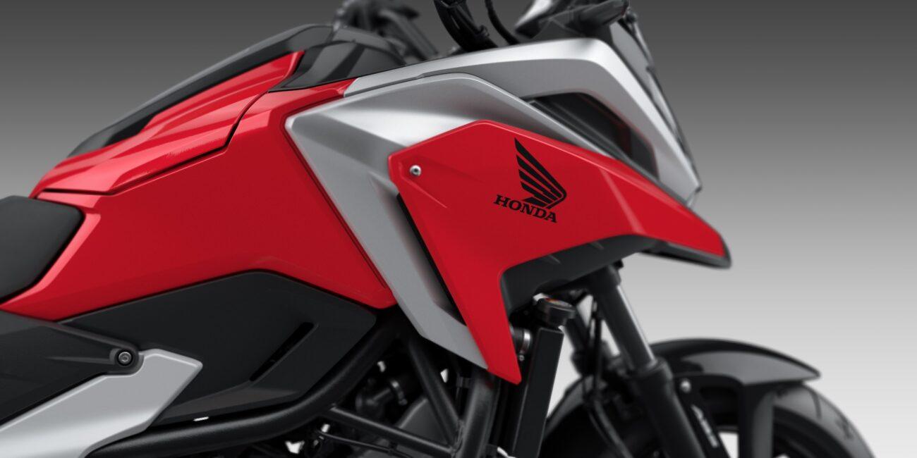 21YM_NC750X_Grand_Prix_Red_R-380_Logo